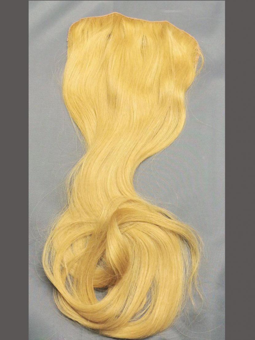 Накладка на заколках из натуральных светлых волос