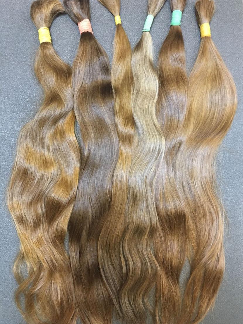 Славянские неокрашенные русые волосы в срезах 61-70 см